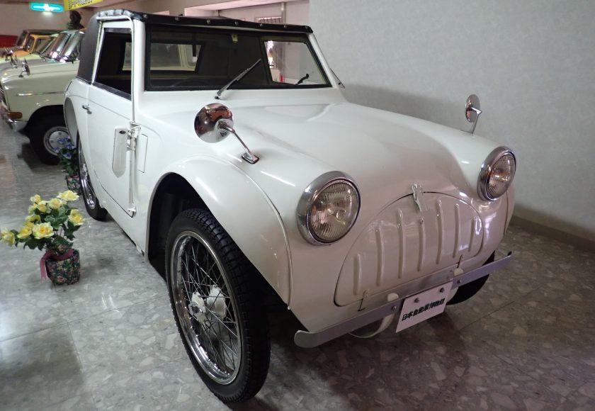 初期の軽自動車の傑作車 フライング フェザー7 1955年型 日本自動車